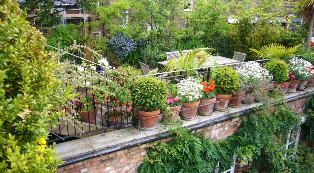 1-rooftop-garden-designs-in-luxury-modern-roof-idea-fabulous-space-saving-designs-for-the-rooftop-garden